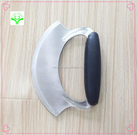 good quality Simple and generous type bakeware plastic handle cover and stainless steel blade rocker pizza cutter