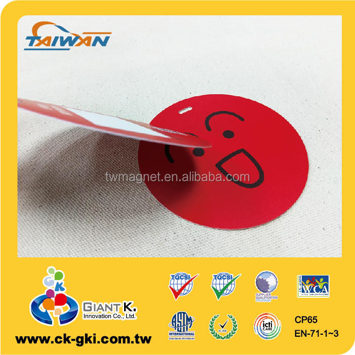 Latest luxury business logo round plastic pvc hang tag barcode