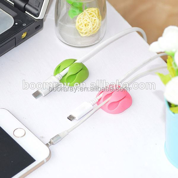 Good quality dollar store item guangzhou promotional gifts plastic cable clamp