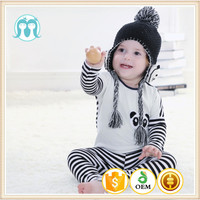 Factory Price Kids Black Knitted Hats With Ear Flaps, Baby Hats With Cute Animal Applique