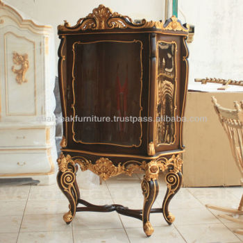 Antique Victorian Display Glass Cabinet With Gold Leaf Finish
