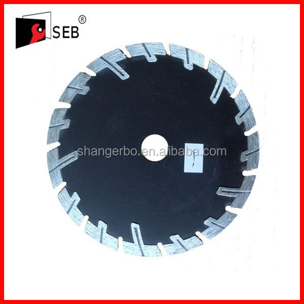 diamond saw blade used in the angle grinder