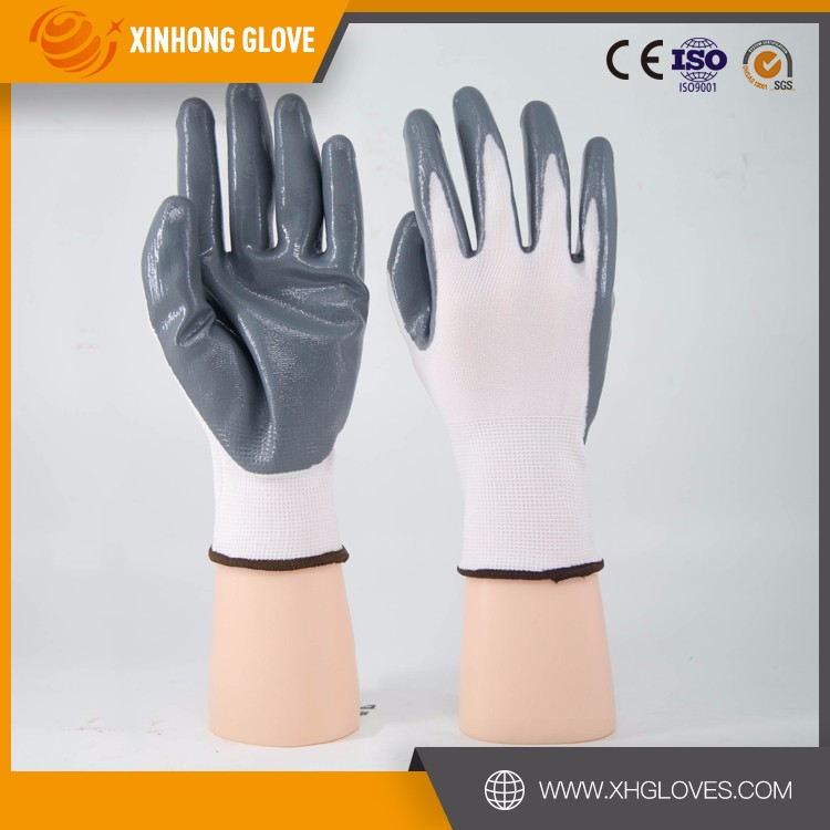 Xinhong Oil Resistant Heavy Duty Industry Nitrile Gloves, half dipped gloves