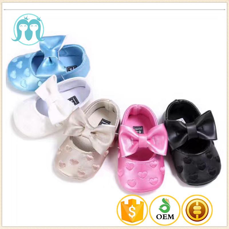 68df7cc12 Venta al por mayor zapatos de bebé 2017 en línea buster brown bebé zapatos  para caminar
