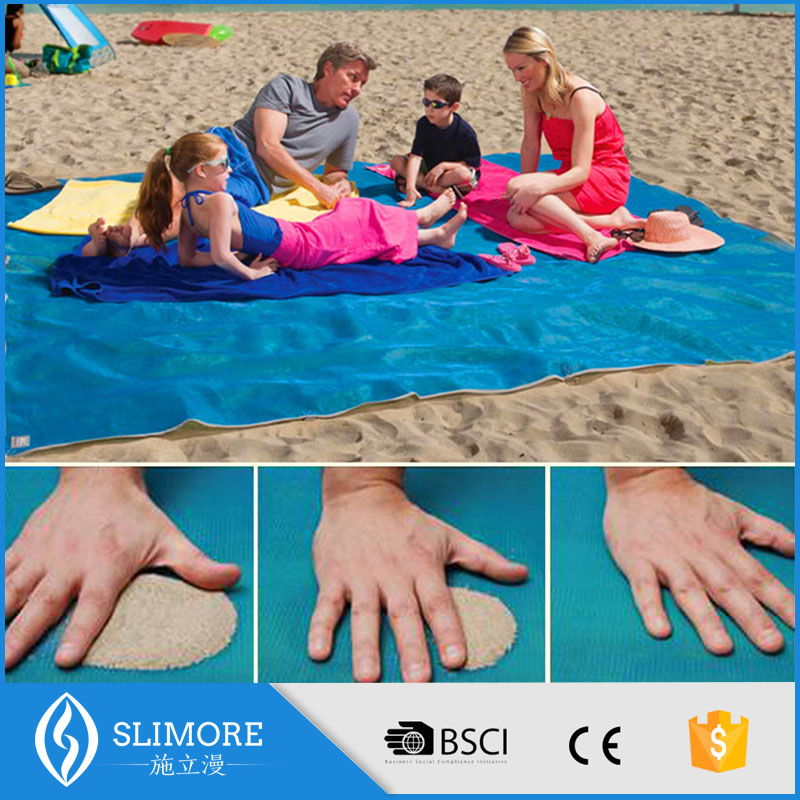 Best fashion China factory 2016 high quality portable beach mat, nylon camping blanket from China