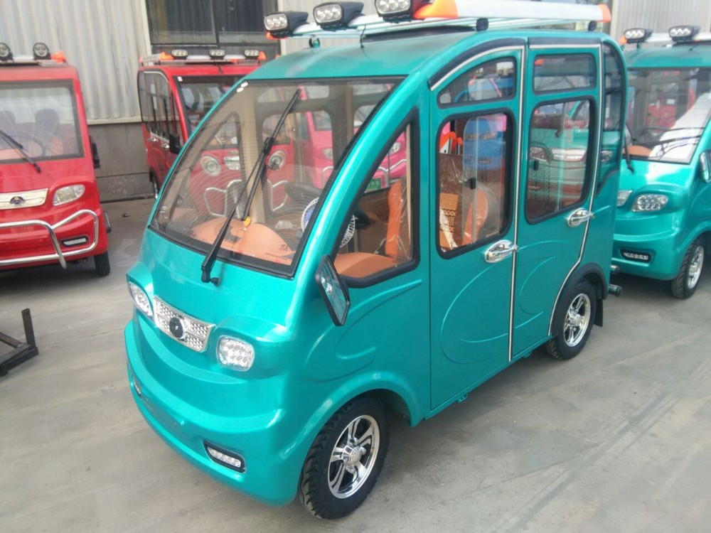 4 wheel closed battery passenger rickshaw