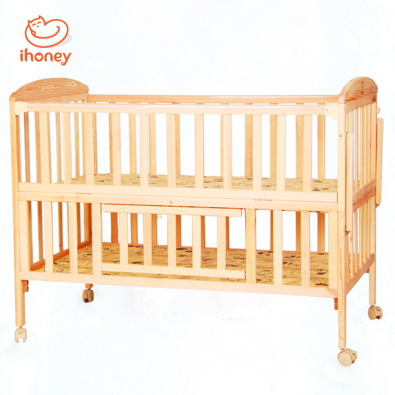 Baby Bed Solid Wood Folding Baby Crib Cradle With Wheels and Mosquito Nets