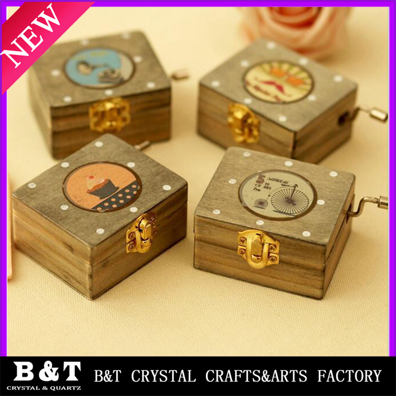 2017 New design custom cheap mini music box