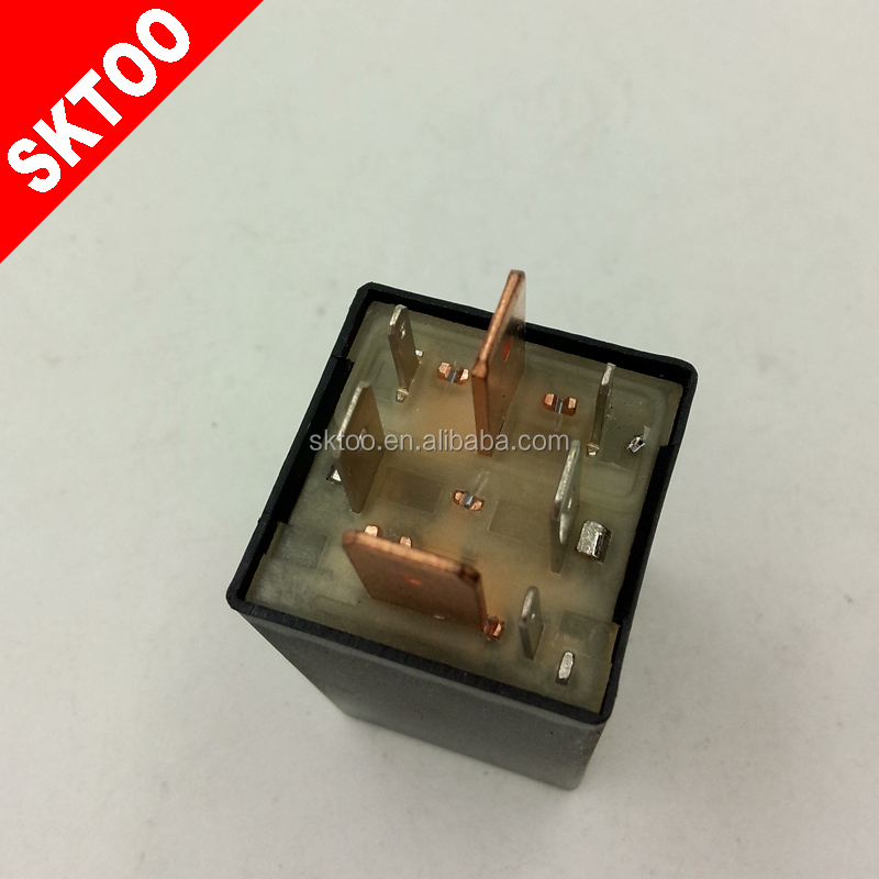 171911261E 171 911 261E RELAY / RELAIS USED FOR VW/ AUDI FAST GLOW PLUG CONTROLLER