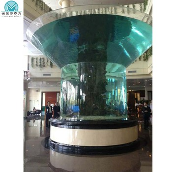 China Factory Luxury Design Customized Large Acrylic Vertical Aquarium