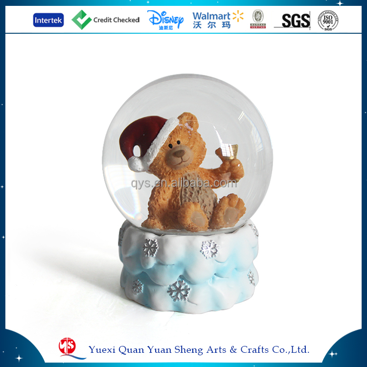 Blowing snow decorative christmas bear snow globe