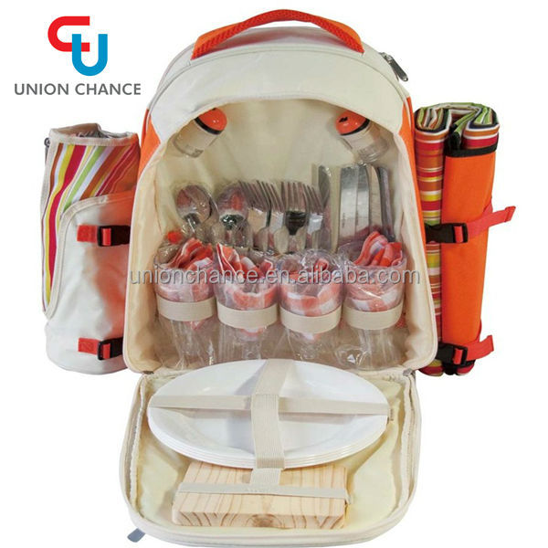 Portable Picnic Bag with Dinnerware,4 Person Picnic Bag Set