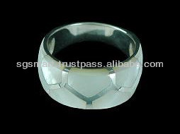 Mother of Pearl Silver Ring 925 Jewelry Wholesale Factory in Thailand..