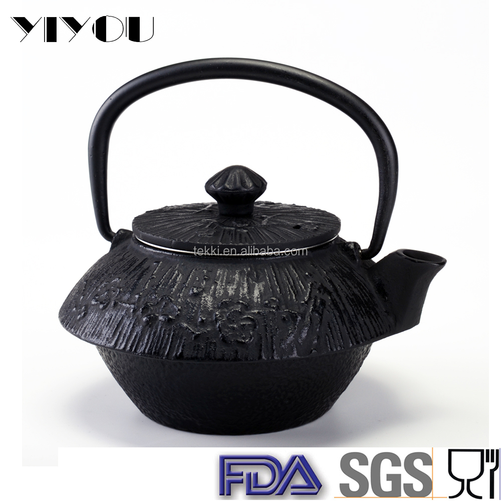 Japanese cast iron teapot, tea set