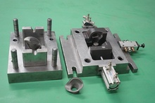 fabrication service hydraulic press dies punching tools with over 30 punchers