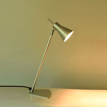 wholesale small potrtable adjustable student study LED desk lamp