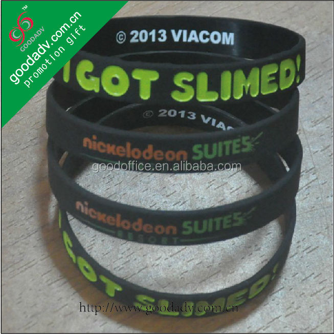 Newest jewelry 100% non toxic personalized suitable for all people colorful silicone wristband