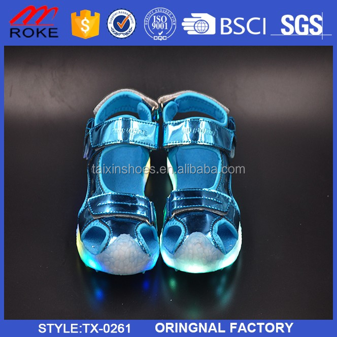 Unisex girls boys rechargeable light flashing sandal LED children shoes