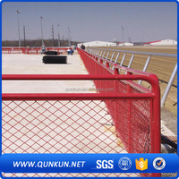 Red PVC coated and agalvanized barbed wire chain link fence,woven fence netting