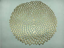 pvc Chilewich style round gold placemats