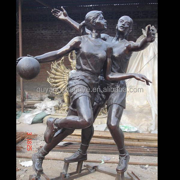 Modern Life Size Bronze Girls Playing Basket Ball Statue Sculpture