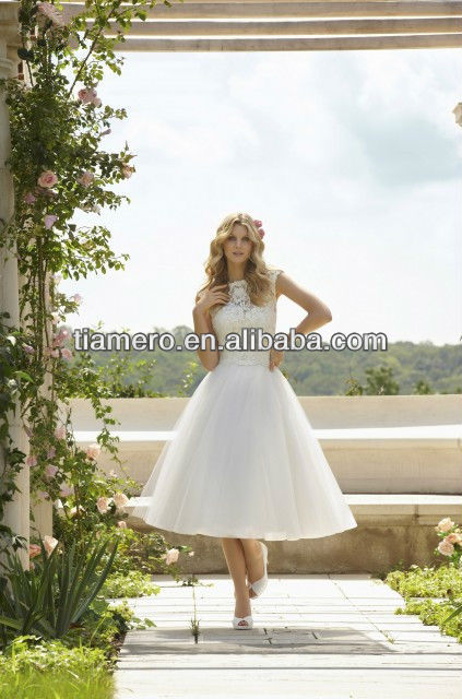 Latest Imperial Lace Bridal Wedding Gowns Pictures