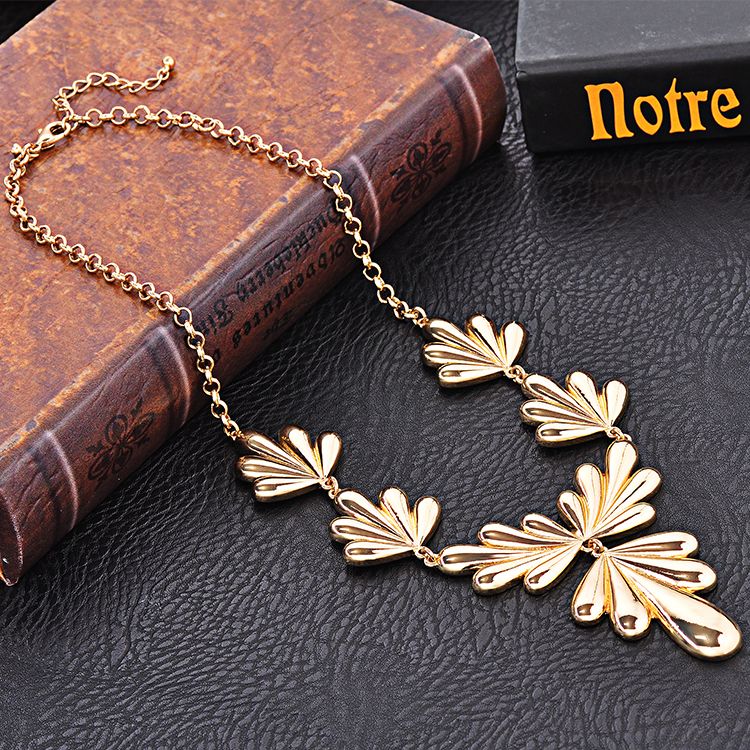 Ladies Fancy Gold Plating Flower Chain Statement Women Necklace Item