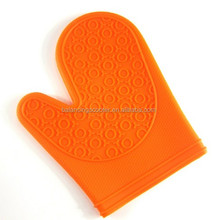 Kitchen dot non-slip heat insulation gloves