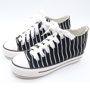 New fashion middle top strip women 2018 canvas shoes