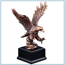 Elegant Cast Metal Brass Eagle Sculpture for Garden Decor