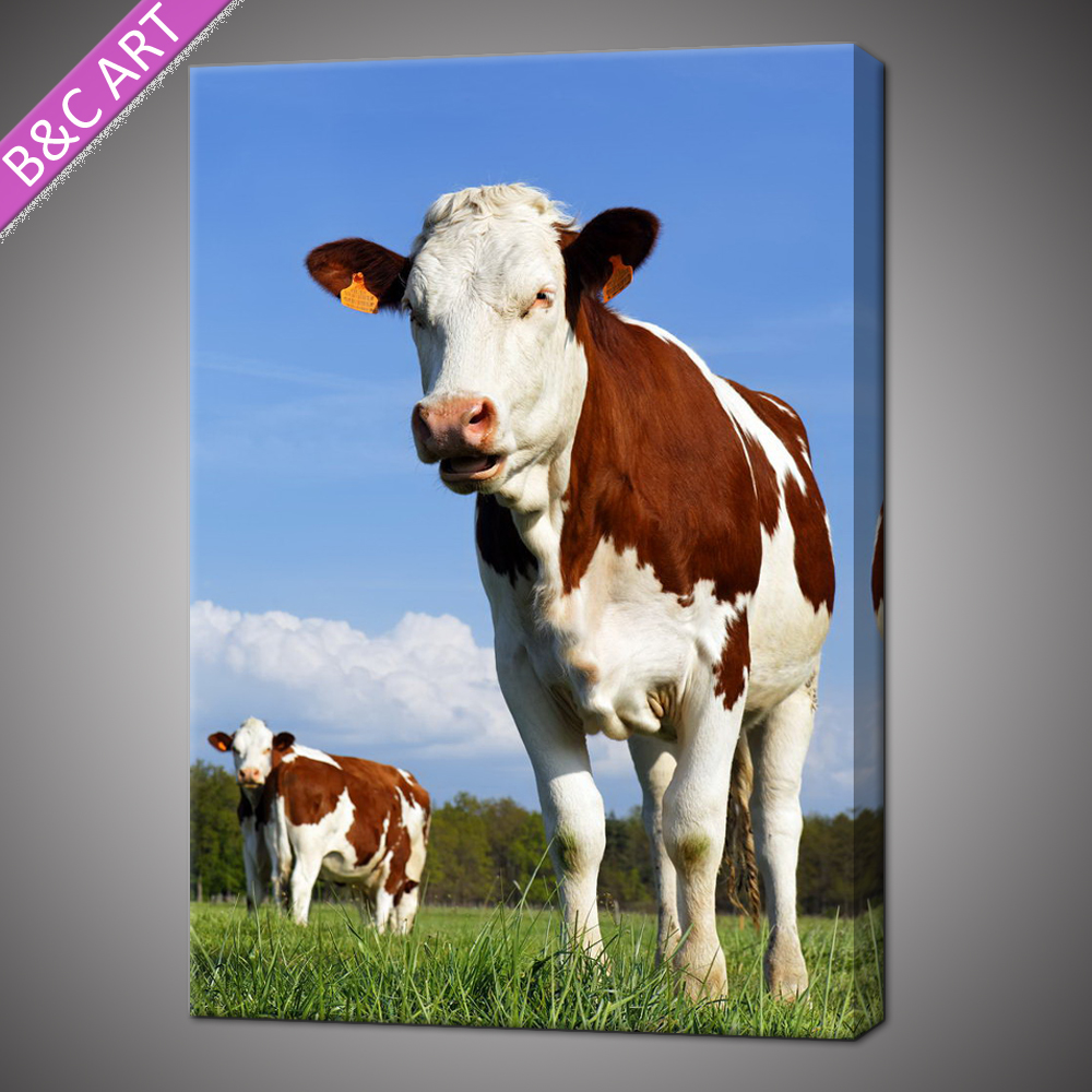 Modern cute animal cow paintings on canvas for kids room decoration