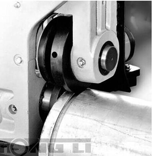 roll groove machine