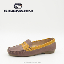 China Guangzhou wholesale market of women flat moccasin shoes