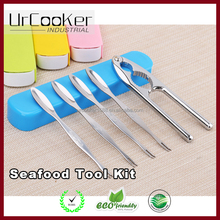 Crab cracker tool kit Multifunctional walnut pliers with zinc alloy Crab needle five pieces set