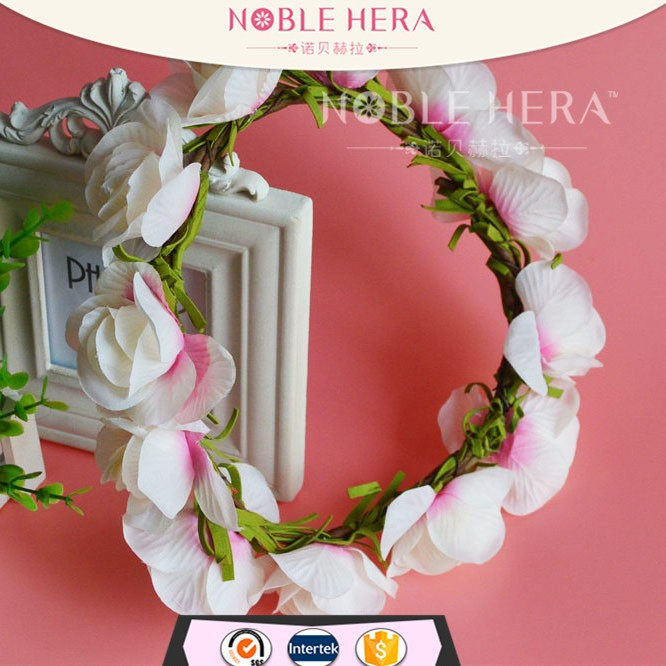 new arrival fashion plastic christmas garland artificial rose flower garland