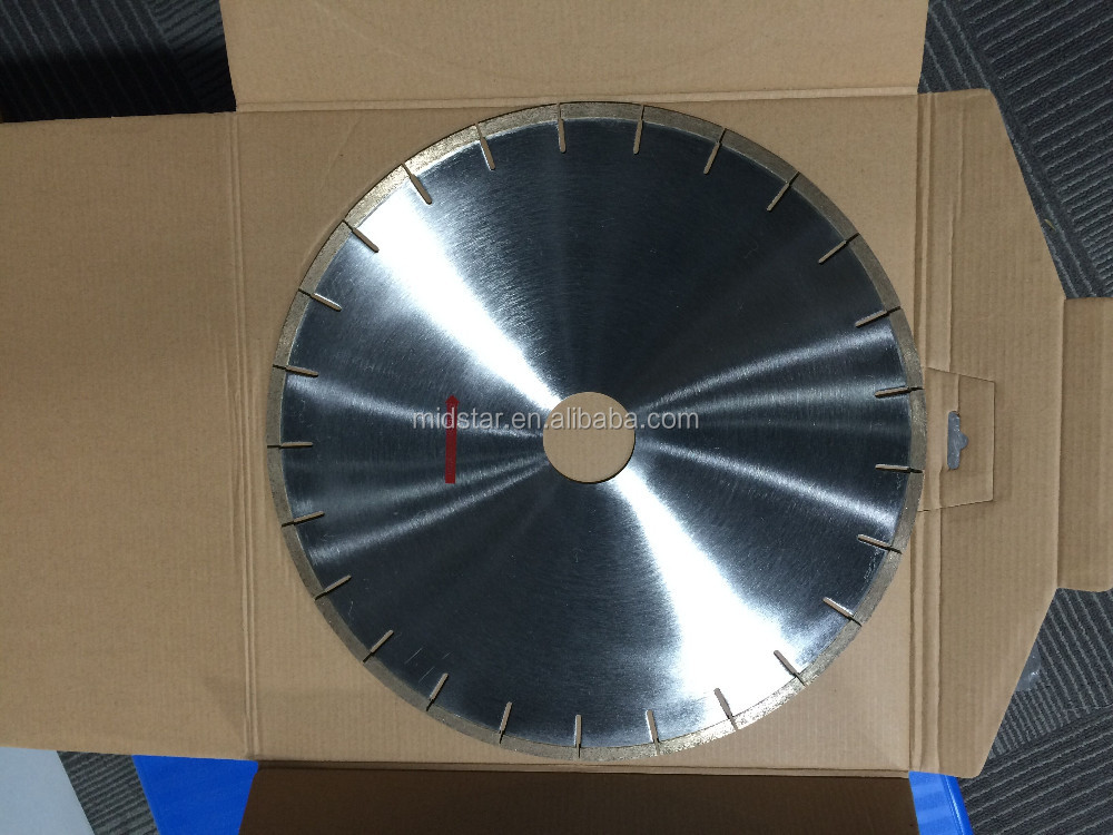 Project concrete saw cutting blades with diamond segments