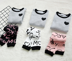 China Kids Old Fashioned Clothes Girl Autumn Sweater Clothing Set