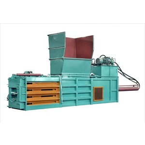 Industrial use wood chip pneumatic used clothes baler machine in India