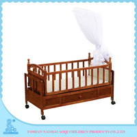 661D French Style Elegant Hot Sale Antique Swing Wooden Baby Cradle