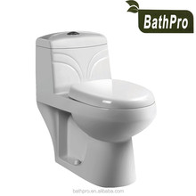 Eco-friendly Feature Ceramic Washdown one-piece European standard WC toilet