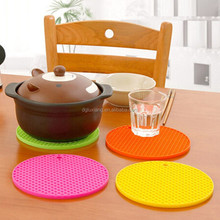 Table decoration cute silicone table mats with factory price