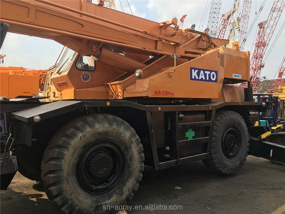 Best 25 ton used Japan Kato KR-25H-IIIL all terrain crane for sale, cheap rough terrain crane on sale