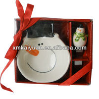 Ceramic christmas decoration bowl and spreader