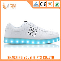 Good pattern cheap price adult light up led shoes