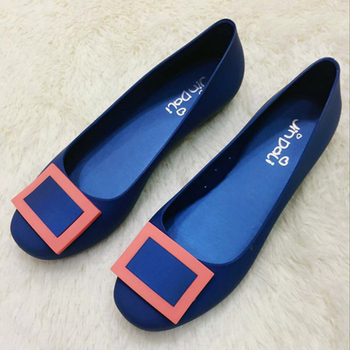 Ladies jelly water flat shoes