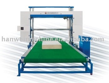 P2200PX horizontal foam cutting machine with vacuum