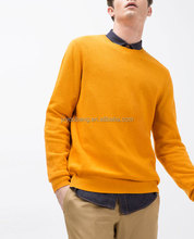 Cotton, silk and linen textured weave man sweater. Long sleeves. Round neck