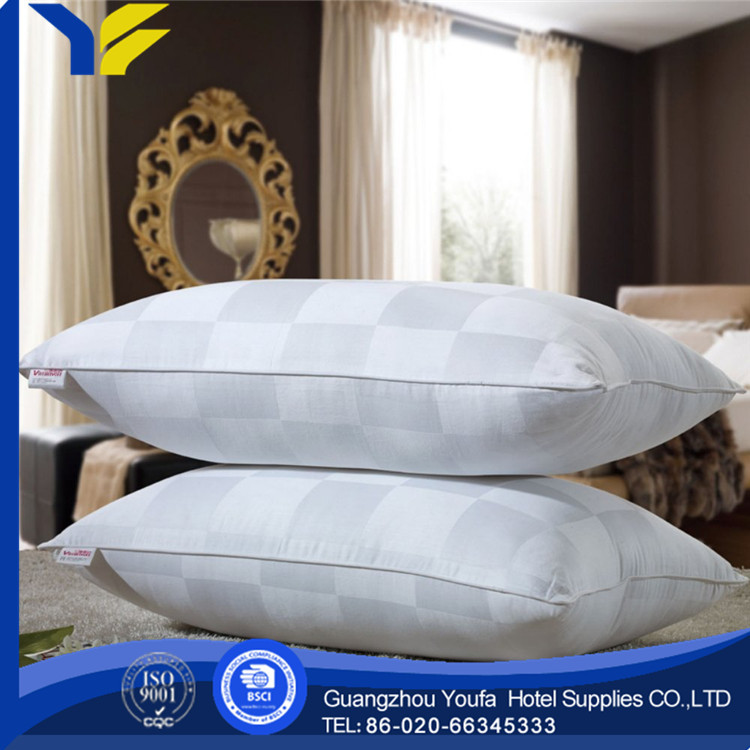 oblong hot sale polyester/cotton pillow patent