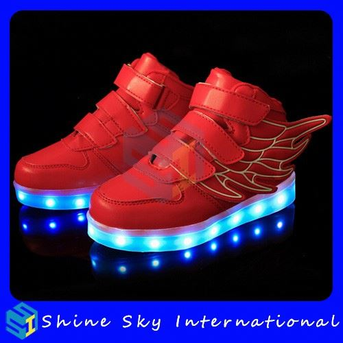 Factory Best Selling High Quality Girl Shoes With Led Light