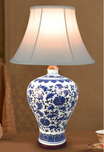 Chinese white blue porcelain table lamp